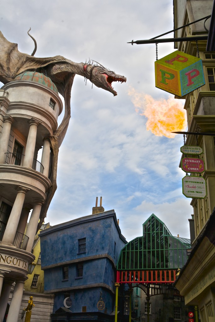 Gringotts' Dragon, Diagon Alley, Harry Potter