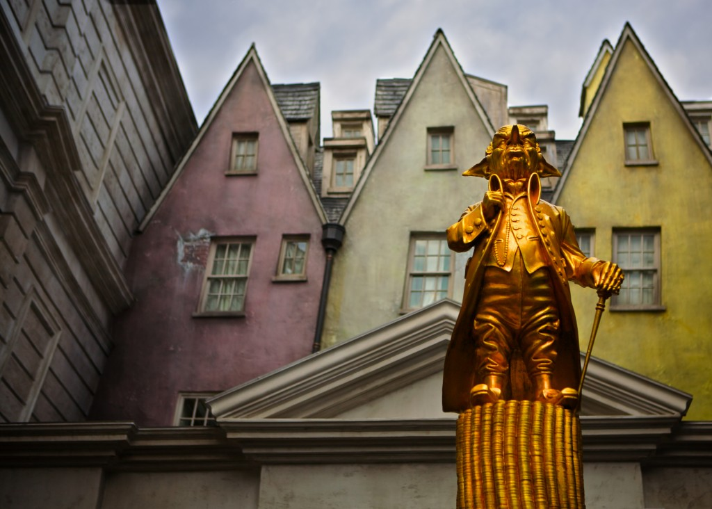 Gringotts' Statue, Diagon Alley Harry Potter
