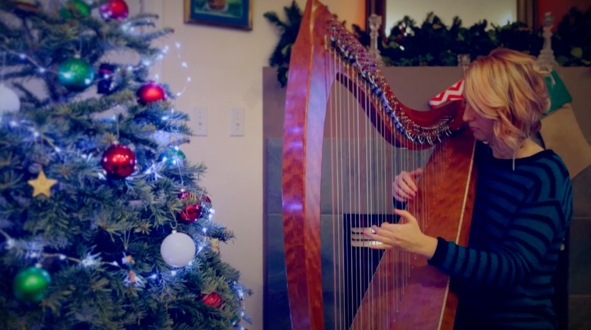 (Video) Holiday Harp Music – 'What Child is This?'